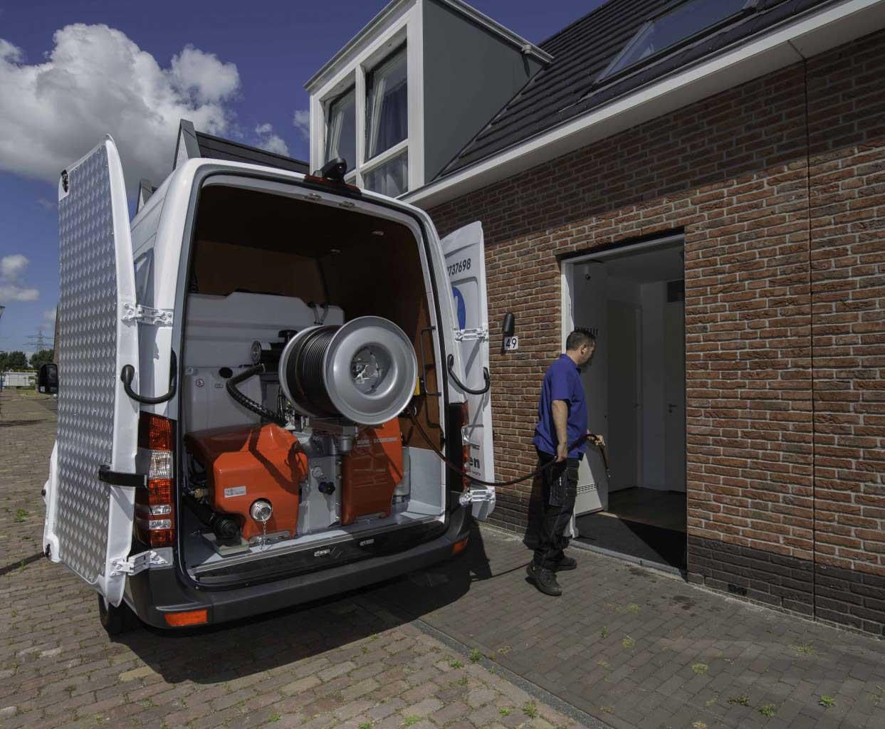 rioolvliegjes bestrijden? Bel Riool.nl gratis 0800-8881000. Wij werken in Amsterdam, Alphen aan den Rijn, Leiden, Den Haag, Rotterdam en Katwijk