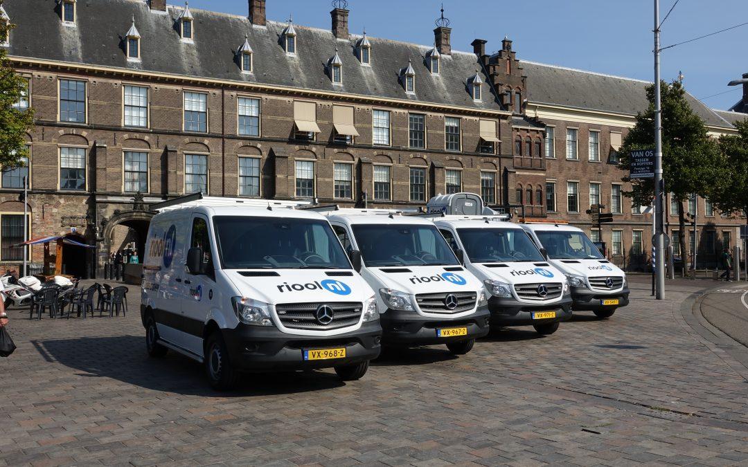 Nieuwe ontstoppingsbussen van Mercedes voor Riool.nl