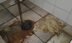 wc verstopt toilet verstorp afvoer verstopt riool verstopt (2)