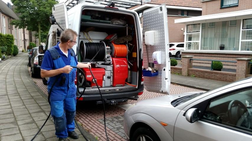 Loodgieter, wc verstopt, verstopping, septic tank, gootsteen ontstoppen, riool verstopt, gootsteen ontstoppen, afvoer verstopt, ontstoppingsbedrijf, rioolvliegjes, gootsteen verstopt, vaatwasser verstopt, toilet verstopt, rioolservice, rioolinspectie, toilet ontstoppen, verstopt toilet Hilversum, Amstelveen, Haarlem, Zaandam, Beverwijk, Zandvoort, Bloemendaal, IJmuiden, Velsen, Heemskerk, Castricum, Purmerend, Middenbeemster, Diemen, Heemstede, Cruquius, Wormerveer, Zaandijk, Oostzaan, Heerhugowaard, Egmond aan Zee, Hoorn, Bergen, Schoorl, Andijk, Medemblik, Den Helder, Amsterdam, Schagen, Spaarnwoude, Bloemendaal, Uithoorn, Hoofddorp